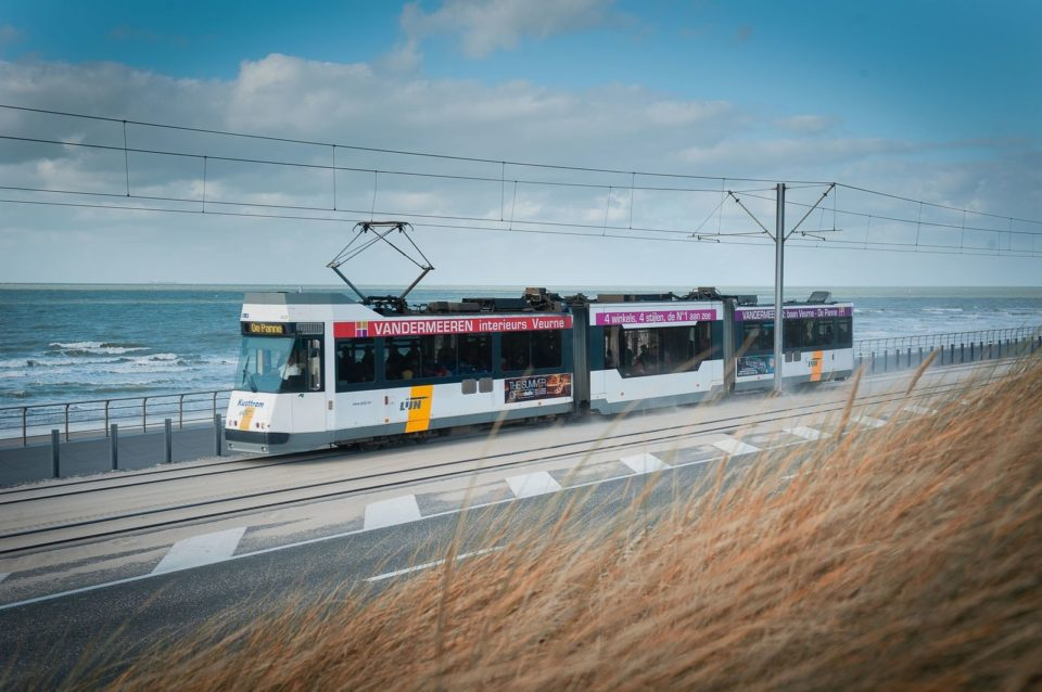 Прибрежный трамвай (The Coastal Tram)